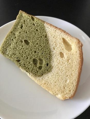 小麦粉は一切使っておらず、米粉ならではの優しい味を感じられますよ。  食感はもちろん、米粉ならではの、もっちり&しっとり感を楽しめます。小さいお子さんへの手土産にも良さそうですね。