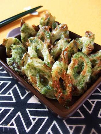 お弁当のすきまに入れるのにぴったりな竹輪の揚げない磯辺揚げ。揚げ焼きなのでカロリーカットでき、さらに青海苔の香ばしさも楽しめます♪