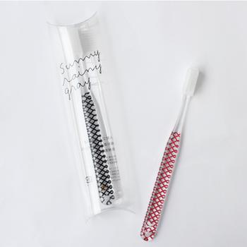 歯ブラシは衛生的にも健康の面からもとても大切。人と共有できない物なので必ず揃えておきましょう。