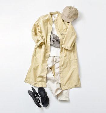 ベージュのワンピースは、春のナチュラルコーデにぜひ取り入れたいアイテムです。一枚で着たりレイヤードしたり……様々な着こなしでスタイリングを楽しんでみてくださいね♪