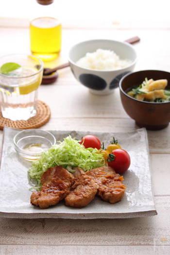 栄養満点な豚ヒレ肉の生姜焼き。コレステロールを下げるオレイン酸を含んだオリーブオイルで焼くレシピなので、ダイエットにも、より効果があります。