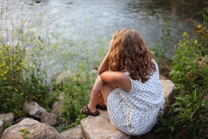 精神的なストレスがかかると、無意識のうちに体全体に力が入ってしまいます。もちろん首や肩も含まれ、心だけでなく筋肉も過度に緊張状態になってしまいます。