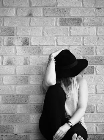 不安や焦りを感じるのは、やるべき事ややらなくてはいけないことに縛られて、「好き」あるいは「~したい」と思う気持ちを忘れているからかもしれません。