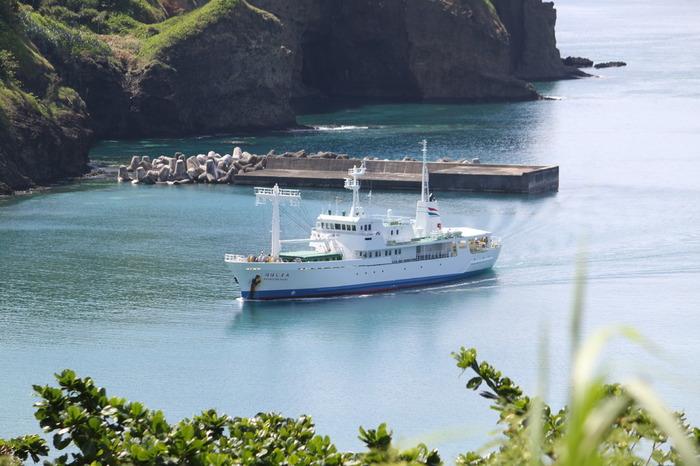 父島から約2時間ほどの母島へ移動するのもおすすめ。大自然に囲まれた小笠原諸島での時間は、かけがえのないものになるはずです。