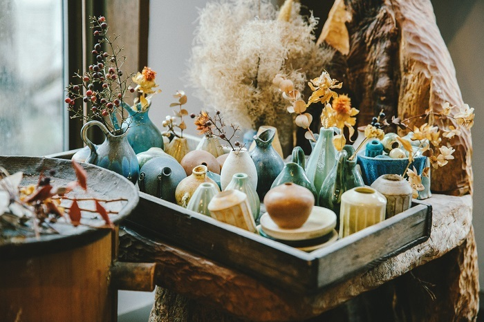 vol.99 陶芸作家・小川綾さん 届けたいのは、道具ではなく「情景」をつくりだす花器