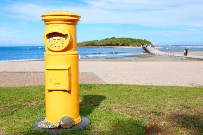 青島には幸せの黄色いポストがあります。フォトジェニックな写真が撮れますよ!青島を訪れた際にはぜひ♪