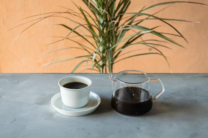 コーヒーの抽出は、エスプレッソマシンに加え、アメリカンプレス、ハンドドリップにも対応しており、お好みで選ぶことができます。もちろんお任せでもOK。気になるものがあれば、飲み比べできるメニューも用意されているので、これからコーヒーについて知識を増やしていきたいという方は、ぜひ行ってみてくださいね。