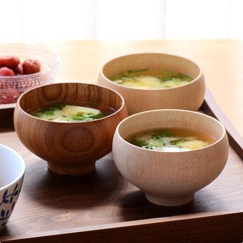 毎日の食卓で使うものだからこそ、家族としての繋がりを感じられるお揃いの器は特別感があるもの。ぜひお茶碗やお椀をお揃いにして、素敵な家族時間を過ごしてみてくださいね♪