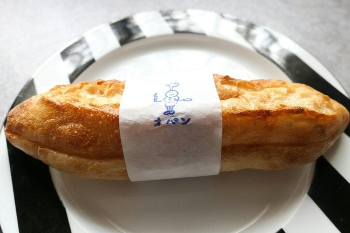 自然の美味しさを堪能できる優しいミルクフランスは毎日食べても飽きのこない美味しさです。キャラクターも可愛い♪優しい気分になれる素敵なオパンのミルクフランスです。是非一度ご賞味あれ。