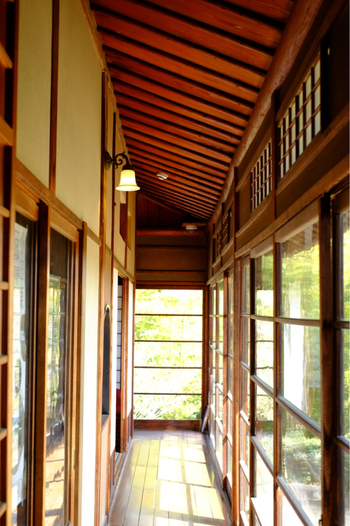 建物の一部は一般公開されていて、中に入ることができます。黒田侯爵の別邸はほかにもいくつかありましたが、清閑亭以外は現存していません。