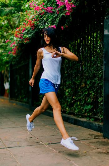 健康な心身は基本的な生活をきちんと繰り返すことから始まります。7~8時間以上の睡眠、必要な栄養素がとれたバランスの良い食生活、運動。どれも基本的で大事であることはわかっているけれど、これを毎日繰り返すことはなかなか難しいこと…。