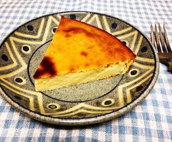 白いんげん豆の水煮を使ったケーキ。食べ応えもあり、どこか和菓子のような風味も感じます。作り方も簡単です。