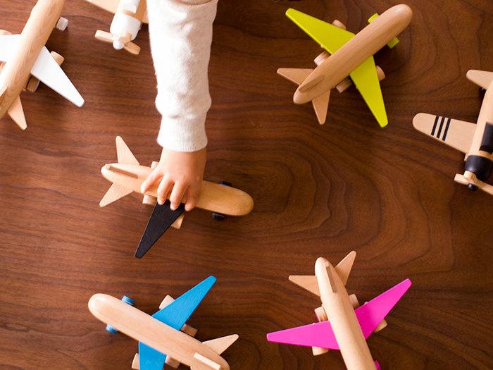 お祝いに欠かせないのはやっぱり贈り物!子どもたちが笑顔になるような贈り物を、心を込めて選びたいものです。