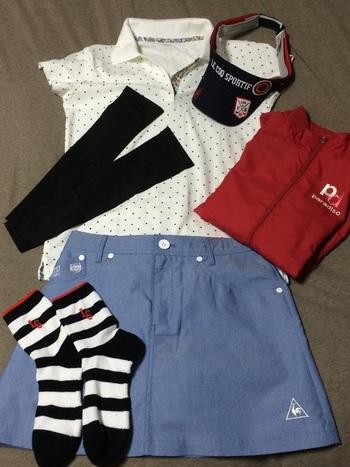 ユニクロのポロシャツはストレッチが効いているので、ゴルフウェアに最適です。カラーも豊富なのでコーディネートの幅が広がります。