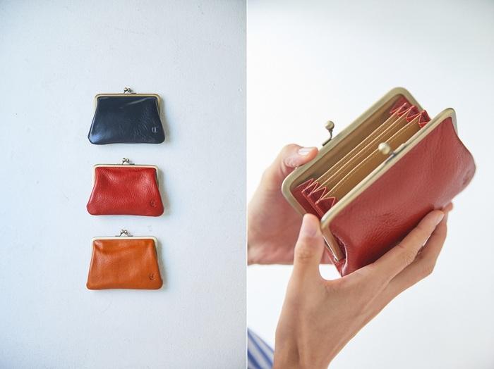 レトロなかたちが愛らしいがま口は、お財布としても小物入れとしても使えます。蛇腹になった仕切りがあるので、小銭や鍵、カードなどを仕分けられるので便利。 使う人に寄り添う、1つあると便利なアイテムです。