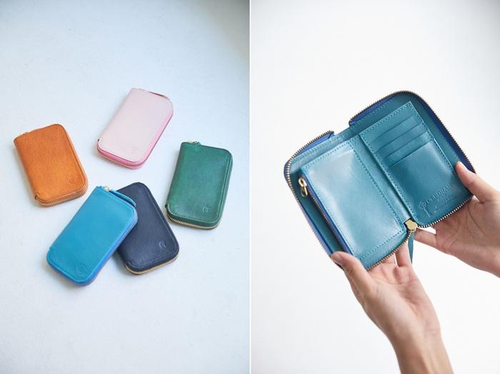 小さめのバッグを持つときに欠かせないのは、バッグに収まる小さい財布。こちらは、上着のポケットに入るコンパクトなサイズ感です。外側のラウンドファスナーの引き手が大きく開けやすいように工夫されています。ファスナーを開ければ一目で中が見渡せるのでとても使いやすい財布です。