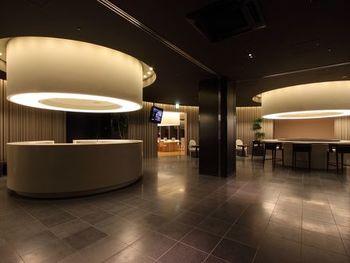 スタイリッシュでおしゃれなのにリーズナブルな「神戸元町 東急REIホテル」。元町駅から徒歩5分とアクセスも抜群です。
