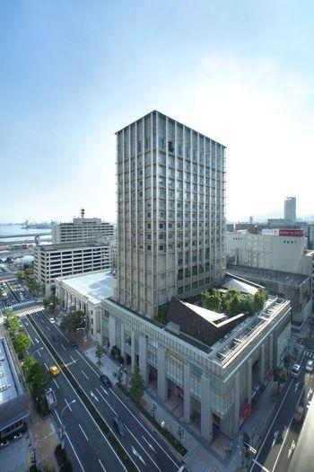 神戸開港から間もなくの1870年に開業した「神戸オリエンタルホテル」。西洋式ホテルとしては日本最古級です。