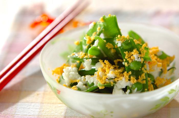 キャベツ、じゃがいも、玉ねぎ…春野菜が美味しい季節ですね!春に旬をむかえる春野菜は、寒さがまだ厳しい時期に芽を出し、成長するための栄養素をたっぷりと蓄えている、まさに、生命力あふれるお野菜。甘味があり、みずみずしく、食卓にあるだけで、春を感じさせてくれます。