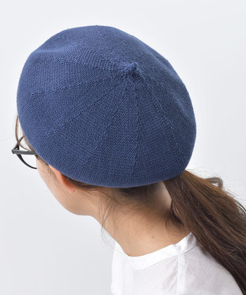 いかがでしたか?コーデから被り方なども一挙にご紹介させていただきました!ベレー帽初心者さんはまずは黒から始めてみると良いでしょう。ベレー帽コーデも耳を出したほうがいいか、隠したほうがいいかなどなど、自分にしっくりくる被り方をいろいろと研究してみてくださいね。あなたのおしゃれの引き出しが、少しでも増えますように!