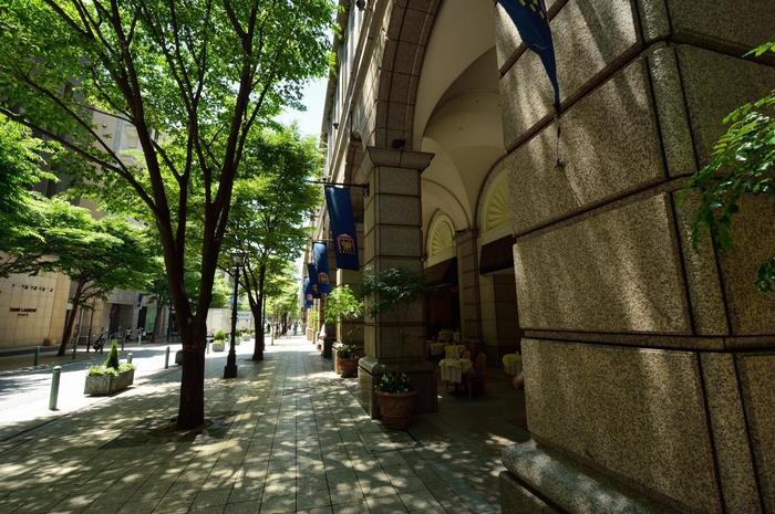 そんな神戸の街の中でも、開港時に外国人居留地とされた元町は、当時の洋館が多く残るエリア。また、中華街をはじめ、スイーツやパンの有名店などグルメスポットもたくさんある街です。