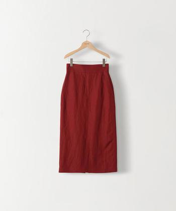 差し色にも、主役級にも♪「赤色スカート」のレトロ可愛い着こなし集