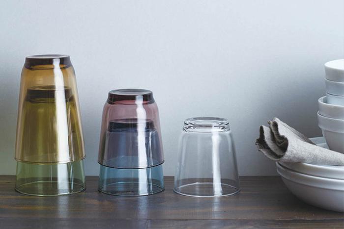 海外製のグラスはどうしても大きく感じてしまう…という方はキント―のグラスはいかがでしょうか。日本人の手は欧米の人に比べて小さいため、外径を少し小さくするなど、使いやすさへのこだわりが詰まっています。  手に握った時に、心地良くフィットするサイズ感。この心地良さが定番グラスとなる所以なのかもしれません。