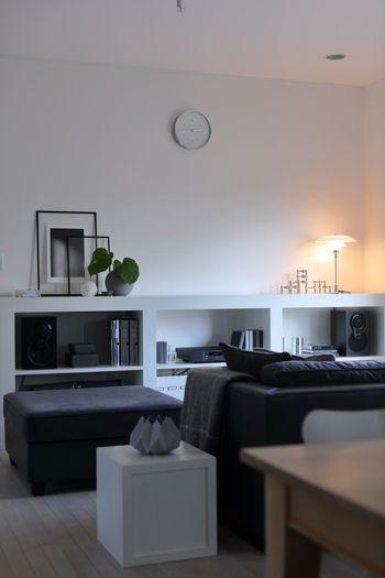いつでも美しく整えられたお部屋は、誰もが憧れるものですよね。余計なモノはひとつもないけれど、必要なモノは正しい場所にきちんと収められている。暮らしやすくて、美しいお部屋はみんなの理想です。