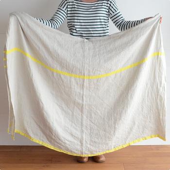 急な来客のときには、細々としたモノが溢れているエリアにはささっと大きな布をかけてしまうのも、ひとつの手です。