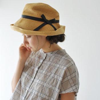 そろそろ日差しがキツくなってきて、紫外線が気になる季節になってきましたね。手軽に紫外線対策するには、おしゃれな帽子をかぶるのがいちばん!