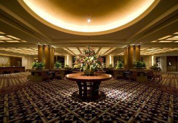 全国的に有名な「帝国ホテル」ですが、大阪では1996年に開業しました。「帝国ホテル大阪」では、「人が集う」をコンセプトに関西に拠点をおく様々なジャンルのアーティストのライブも行われています。
