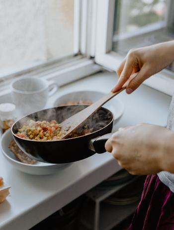 遅い夕飯やマンネリ化した献立に。お肉・魚以外で作れる晩のおかず