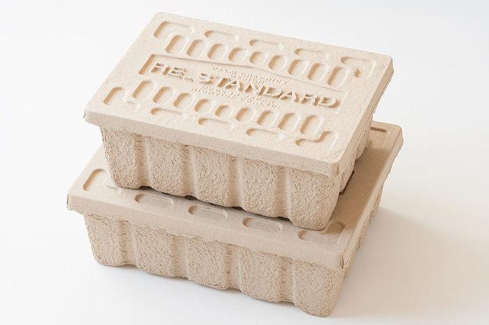 古紙を押し固める製法で作られたパルプボックスは、紙製ならではの軽さや風合いはそのままに、優れた強度と段ボールより高い耐久性も持ち合わせたアイテム。