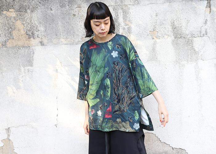 Tシャツは一枚で着てもレイヤードしてもOKの、ロングシーズン着用できる優秀アイテムです。ぜひお気に入りデザインの一枚をゲットして、色々なテイストで着こなしてみてくださいね♪