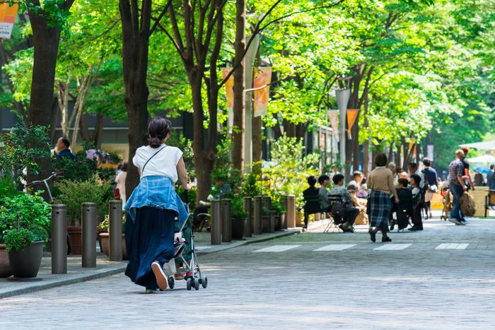 """横浜といえば、中華街や、横浜赤レンガ倉庫が有名。しかし""""親子のお出かけ""""となると、ちょっと視点を変えて、スポット選びをしなくてはいけませんよね。  ママ中心のコースになってしまうと子どもが退屈してしまったり・・・逆についつい子ども中心のスポット巡りになりがちだったり・・・というのもよくあるお悩み。  そこで、親子で一緒に楽しむ「横浜」プランをご提案します!「横浜らしさ」を楽しめる方法がいっぱいありますよ。ぜひ次のお休みのご参考にしてみてくださいね*"""
