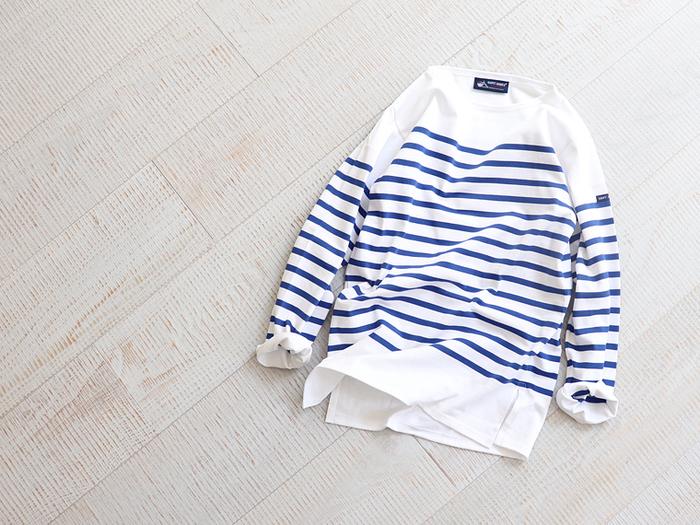 シンプルでベーシックな「ボーダーTシャツ」は、爽やかな春夏コーデに欠かせない定番アイテムのひとつです。上質なコットン素材でできたバスクシャツはどんなボトムスにも合わせやすく、普段の何気ない着こなしをブラッシュアップしてくれます。