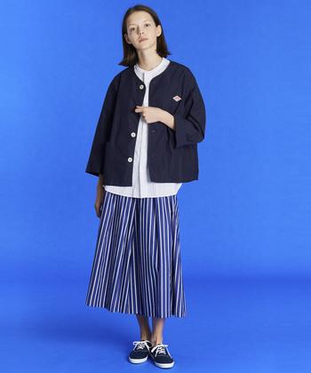 1935年にフランスのワークウェアブランドとしてはじまった「DANTON(ダントン)」。ブルゾン・パンツ・バッグなど、ファッション性と実用性を兼ね備えたおしゃれなアイテムを展開し、日本でも男女問わず多くのファンから愛されています。