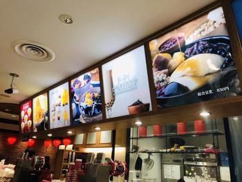 アインズ&トルペ 新宿東口店の2階にある「台湾甜商店」は、大阪で行列ができる生タピオカ専門店が、東京に初進出したお店です。