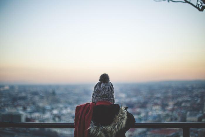 心が折れそうなシチュエーションは、ストレス社会にあっては避けられないもの。物事の一つ一つに過剰に反応するのは、合理的ではありませんし、自分自身が傷つくだけですよね。そんなときに必要なのが、自分を守る「鈍感力」なのです。
