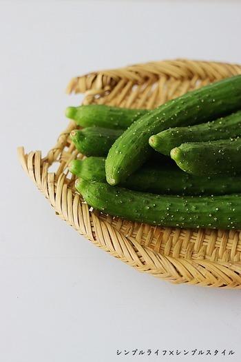 成分の96%が水分で栄養価が高い野菜ではありませんが、カリウムを含んでいるのでむくみを解消してくれます。生のまま食べることが多いきゅうりですが、煮ると効果がよりアップしますよ。