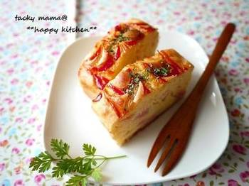 チーズ、玉ねぎ、ハム、具材の量はお好みで調節可能。ちゃんと野菜が入っている所が嬉しいですよね…。これなら、おやつ感覚で栄養もきちんと取れるので、ママも安心ですね。
