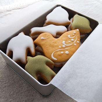 星だけではなく鳥のクッキーもオススメです。丁寧に入れたお茶とともに積もる話をしながらクッキーも楽しみたい。そんな演出をしてくれる優しい手土産です。