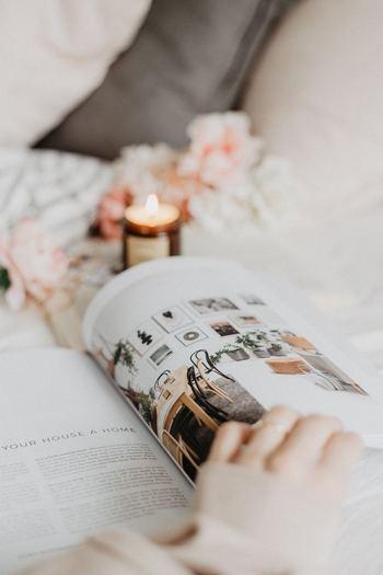 本を読むことは、ストレスを軽減する効果があることが分かっています。ご自身の好きなジャンルの本、小説でもエッセイでも実用書でも何でもいいのです。今いる現実から少しの間、本の世界に入ることで、気持ちをリセットします。