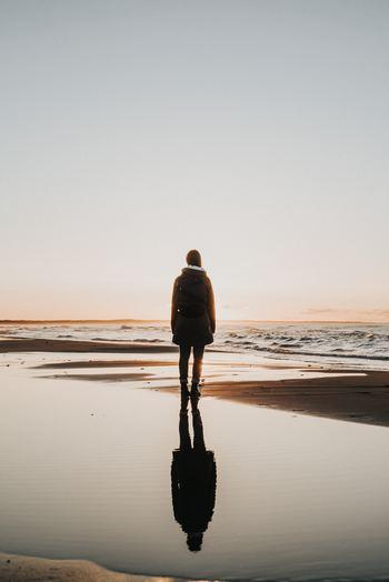「リトリート」とは転地療法ともいわれ、普段いる場所から離れて、心身を癒し、自分自身と向き合うことをいいます。忙しい日常から逃れて一人になりたいとき、自分を取り戻したいとき、心も体もリフレッシュしたいとき。仕事やプライベートからいったん切り離して、何の束縛もないリラックスした状態に身を置くのです。