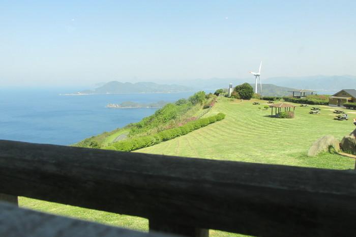 カウンターからの眺めは最高!絶景を楽しみながら美味しいごはんをいただけます。ゆっくりとリラックスできそうですね♪