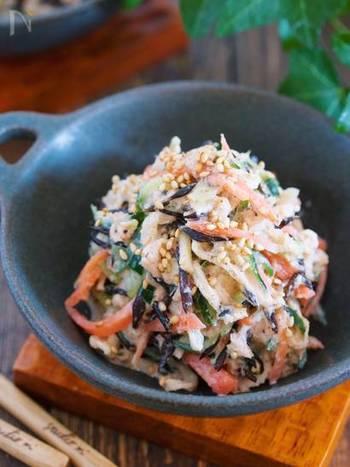 カルシウムたっぷりの切り干し大根とひじきを合わせたサラダ。切り干し大根は水切り不要。ツナ缶ひじきを合わせて召し上がれ♪