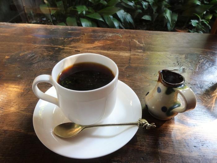 「手ぬぐいカフェ 一花屋」ではお食事をいただくこともできますが、オリジナルブレンドのコーヒーもいただくことができますよ。浅煎りで軽めのコーヒーは爽やかさの奥にほんのり苦味を感じられます。