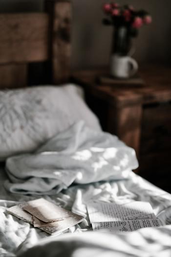 そのために、自分の楽しみを持ったりストレス解消の術を知っていることが必要でしょう。また、前向きな気持ちを維持するために、質の良い睡眠をとる等の生活習慣も見直したいところです。