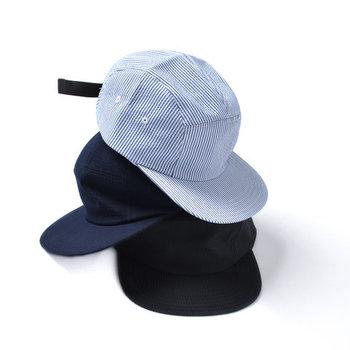メンズライクになり過ぎないシンプルデザイン。通気性と吸水性に優れたハイテク素材で暑い季節も安心です。