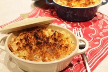 マカロニ&チーズは、オーブンで焼くタイプのものもあります。マカロニグラタンのようで、こちらもおいしいです。